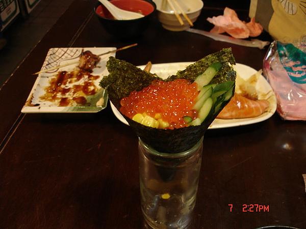 20090522-0607台北三味食堂-鮭魚卵手捲