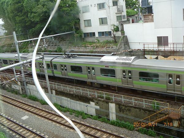 目黑站旁山手線風景 218.jpg