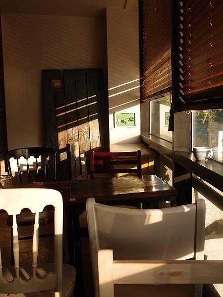 安國站 1F咖啡