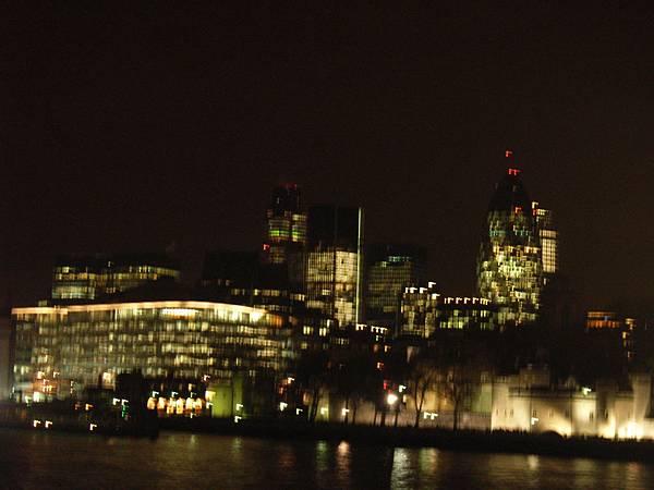 夜遊泰晤士河畔~