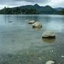 尷尬的一片湖