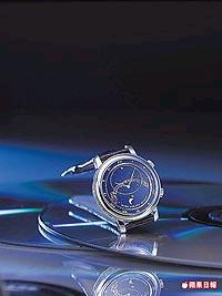 PP星象錶於2年前春拍創逾1200萬元成交高價,此次同款估價約574萬9900元。.jpg