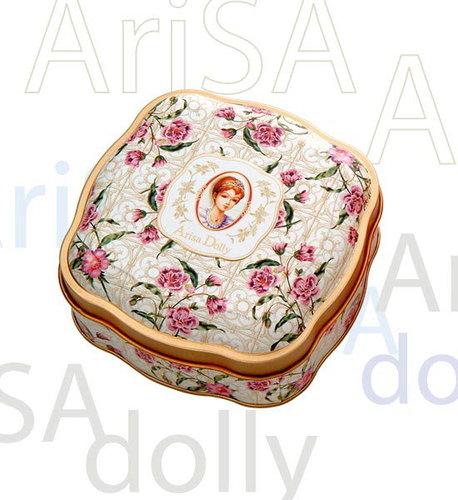 亞里莎喜餅送的糖盒(鐵製的).jpg