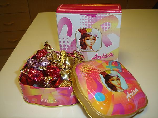 亞里莎巧克力糖罐2.jpg