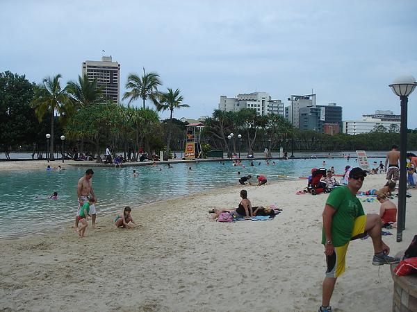 1031_22南岸河濱公園沙灘.JPG