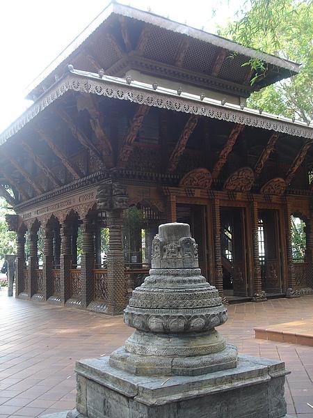 1031_20尼泊爾廟.jpg