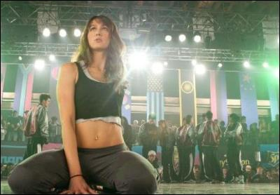 sharni-vinson-step-up3d