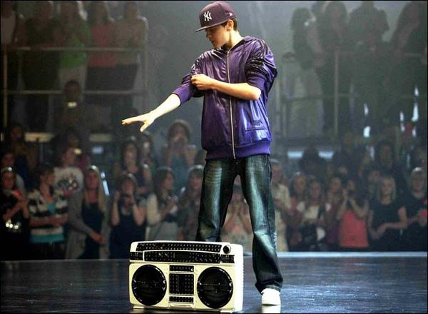 Streetdance_921179a.jpg