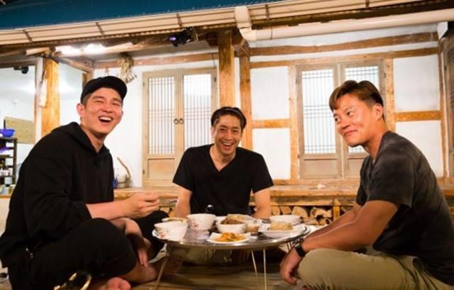 一日三餐-三時三餐-第三季-漁村篇-李瑞鎮-文晸赫-Eric-尹均相- (1).jpg