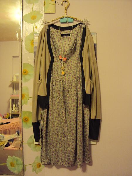 雙色外套(米色/大地色)790元