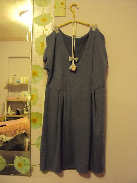 藍色蝴蝶袖洋裝~980元