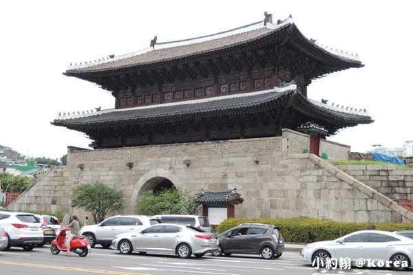 韓國自由行-第二天-9.興仁之門.jpg