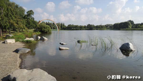 韓國首爾五天四夜自由行 Day2.一山湖水公園-人工湖.jpg