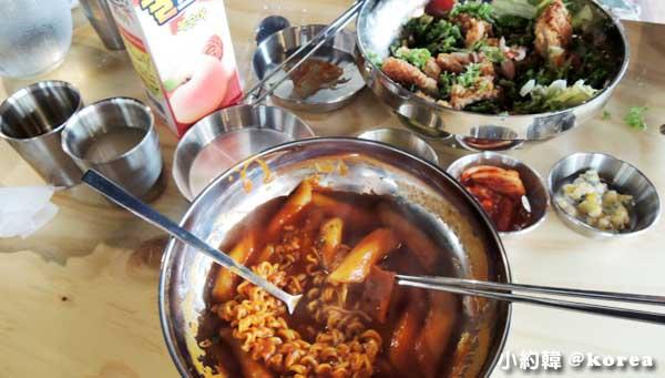 梨花女子大學附近The Bbalbong韓國料理平價學生食堂1.jpg