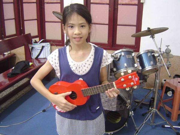 烏克麗麗 ukulele kids5.jpg