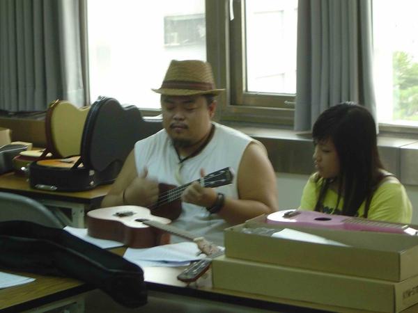 ukulele 小山烏克麗麗DSC07951_2.jpg