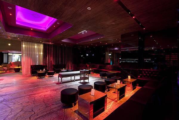 Lounge Prive.jpg