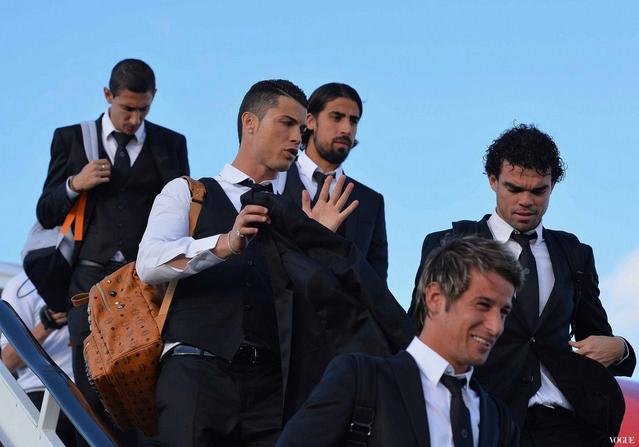 明星足球員私底下都背什麼包? 流行速遞fashionnews