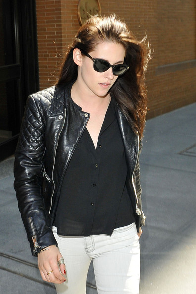 Kristen-Stewart-Balenciaga-Jacket-4.jpg