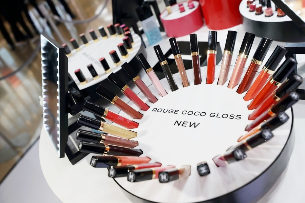 chanel_rouge_coco_gloss_hysan_13.jpg
