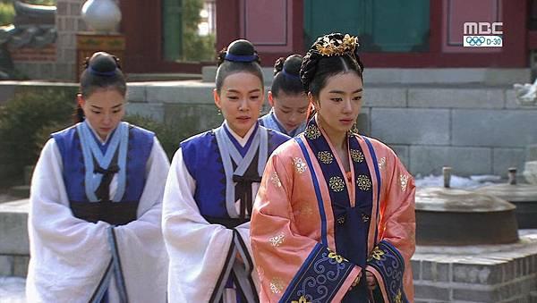 King's Daughter, Soo Baek Hyang.E068.140108.HDTV.x264.AAC.720p.Hel_20170306094308.JPG
