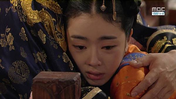 King's Daughter, Soo Baek Hyang.E068.140108.HDTV.x264.AAC.720p.Hel_20170306095045.JPG