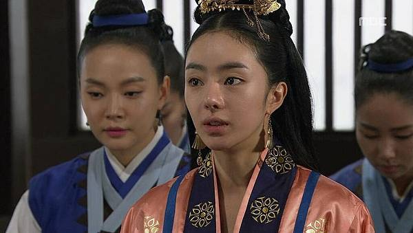 King's Daughter, Soo Baek Hyang.E072.140114.HDTV.x264.AAC.720p.Hel_20170307215340.JPG