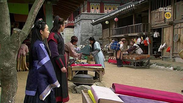 King's Daughter, Soo Baek Hyang.E072.140114.HDTV.x264.AAC.720p.Hel_20170307214823.JPG