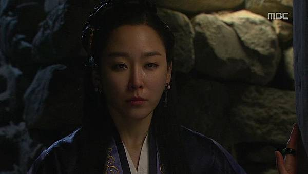 King's Daughter, Soo Baek Hyang.E076.140120.HDTV.x264.AAC.720p.Hel_20170309203228.JPG