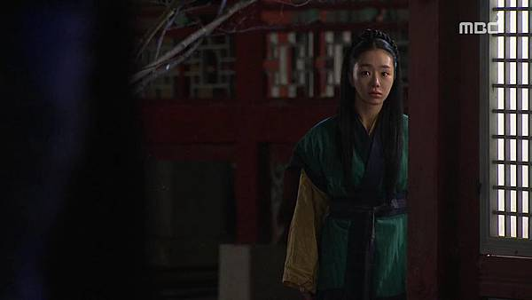 King's Daughter, Soo Baek Hyang.E100.140304.HDTV.x264.AAC.720p.Hel_20170330184955.JPG