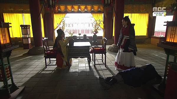 King's Daughter, Soo Baek Hyang.E101.140305.HDTV.x264.AAC.720p.Hel_20170330203405.JPG