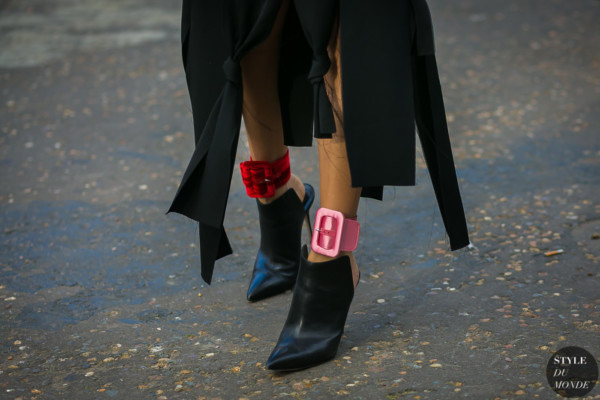Attico-Satin-Ankle-Cuffs-by-STYLEDUMONDE-Street-Style-Fashion-Photography0E2A4329-600x400.jpg