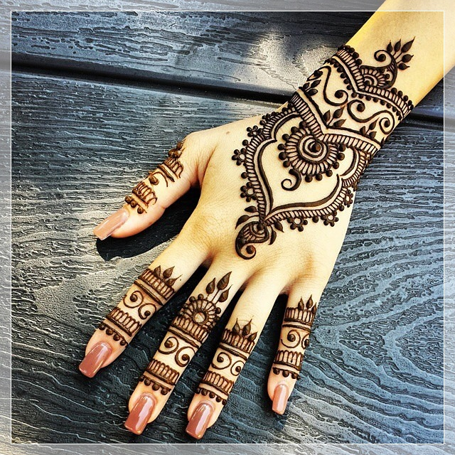 Best-Henna-Art-Design-20151