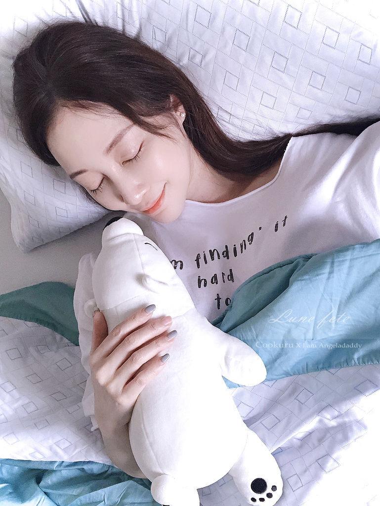 德瑞克名床 COOKURU涼感枕頭套 &涼感被 瞬間涼感 快速回冷 持續散熱 讓北極熊也COO涼一夏!