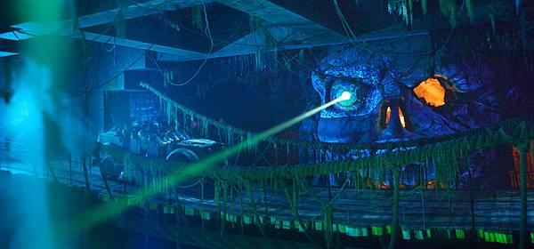 印第安納瓊斯冒險旅程:水晶骷髏頭魔宮02