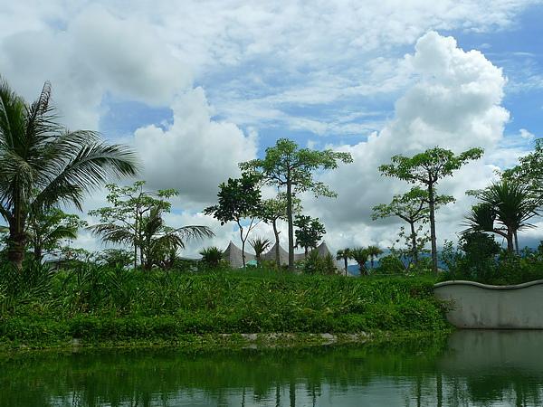 遊河沿途景觀