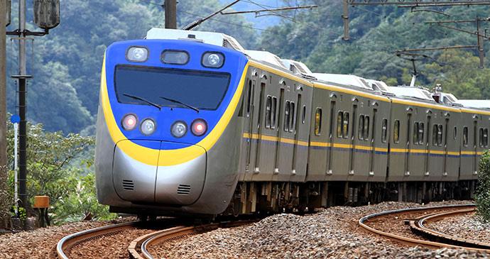 tilting-train_taiwan
