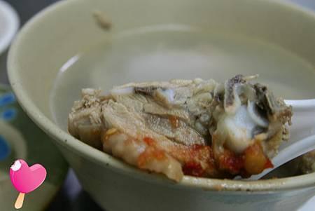 007高雄六合路阿誠麻油雞-雞肉沾醬