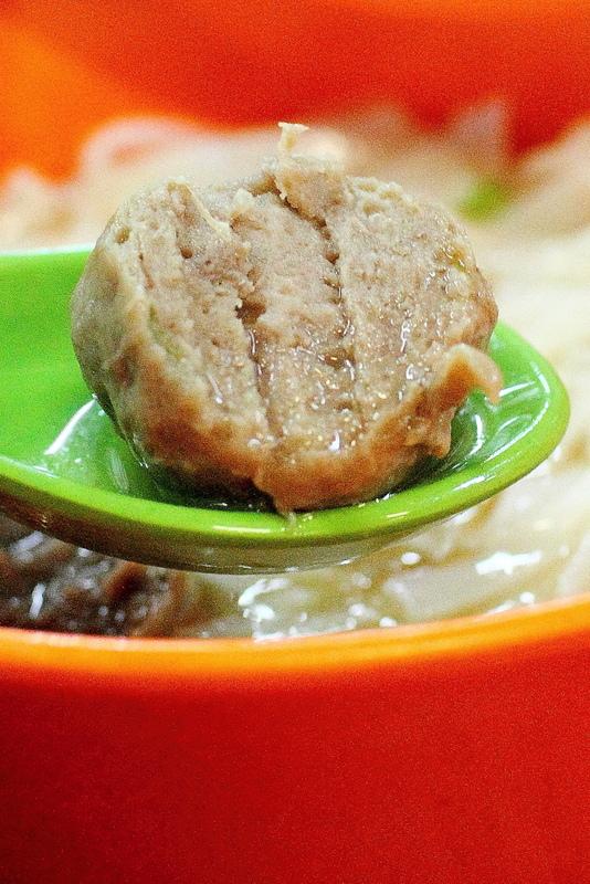 香港尖沙嘴-德發牛肉和香園
