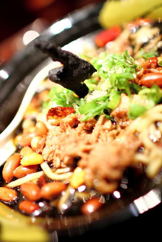 麵屋武藏高雄版-黑雷拉麵