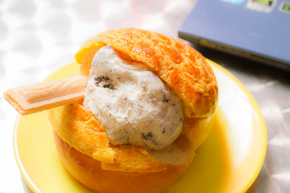 楓茶記-冰淇淋菠蘿包新上市