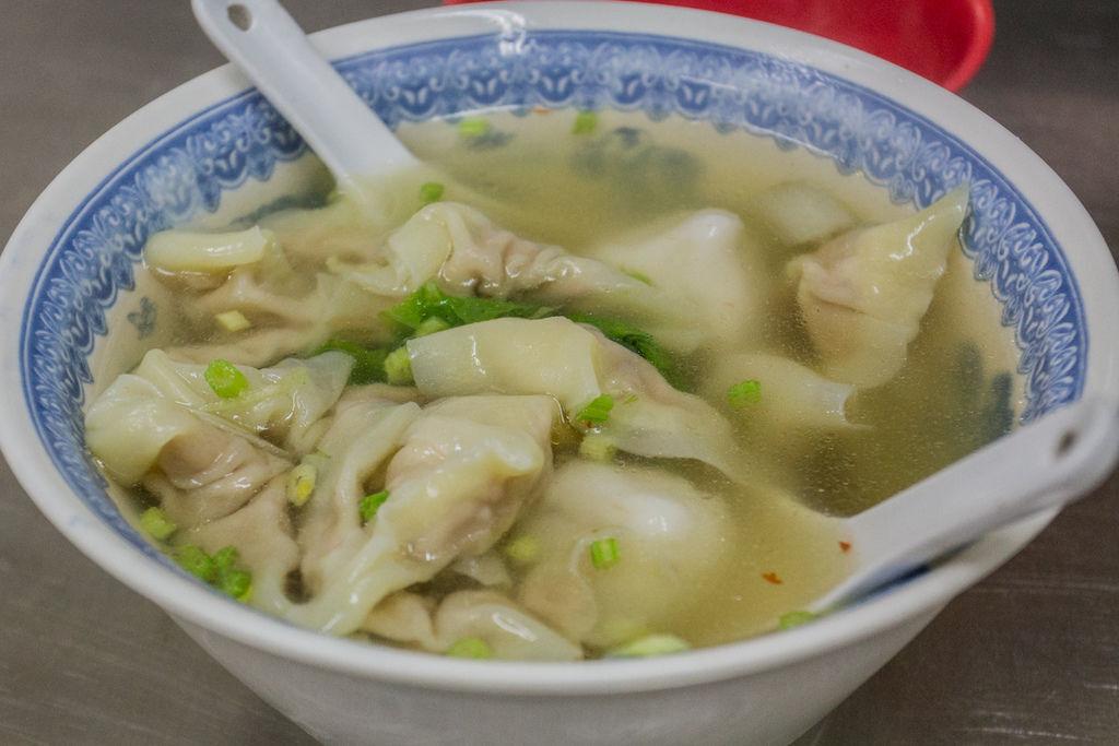 左營汾陽餛飩麵-菜市仔嬤