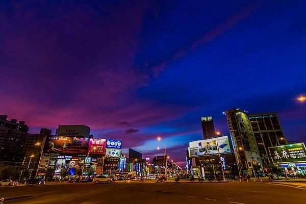 2014年8月三多商圈夜景