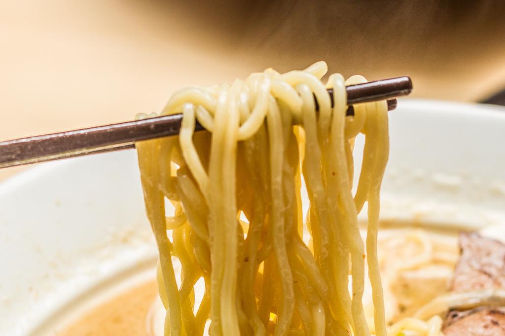 義大世界美食推薦 - 食八番拉麵