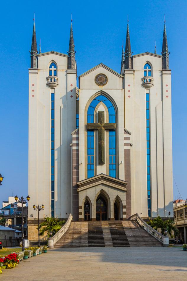 高雄旅遊 - 鳳山基督長老教會