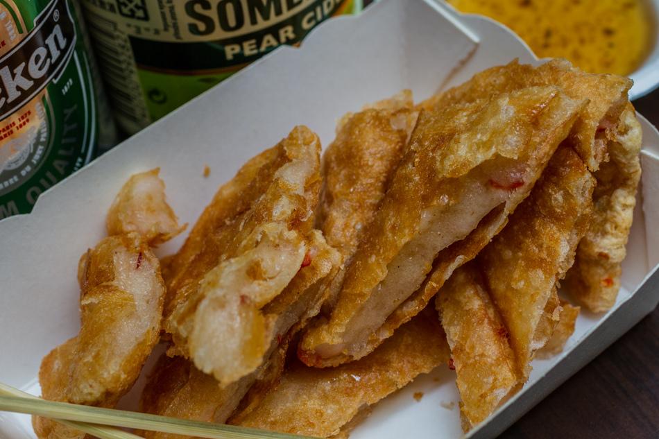 高雄美食 - 瑞豐夜市月亮蝦餅