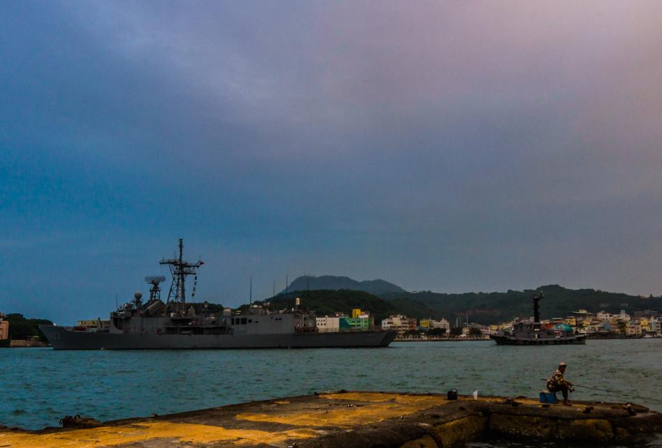 旗津山線-軍船入港