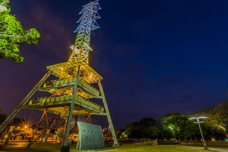 高雄旅遊 - 光之塔