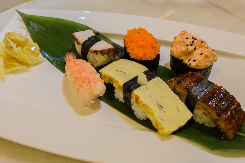 高雄美食 - 向下走壽司