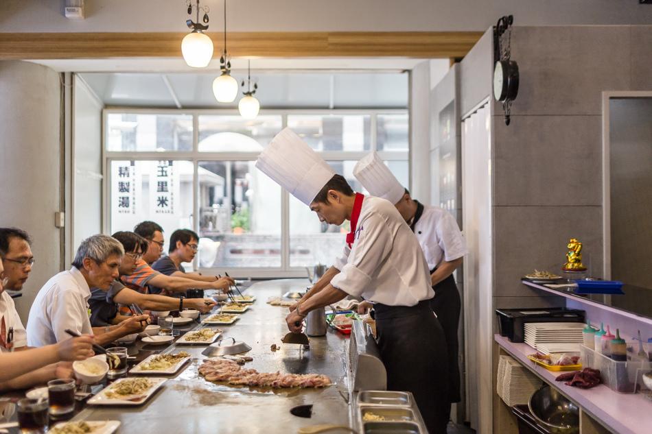高雄美食 - 茹瑪隆鐵板燒民族店